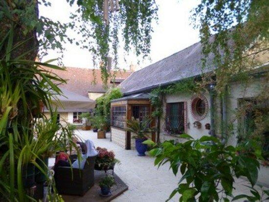 Achat Maison 13 pièces à Coucy-lès-Eppes - vignette-2