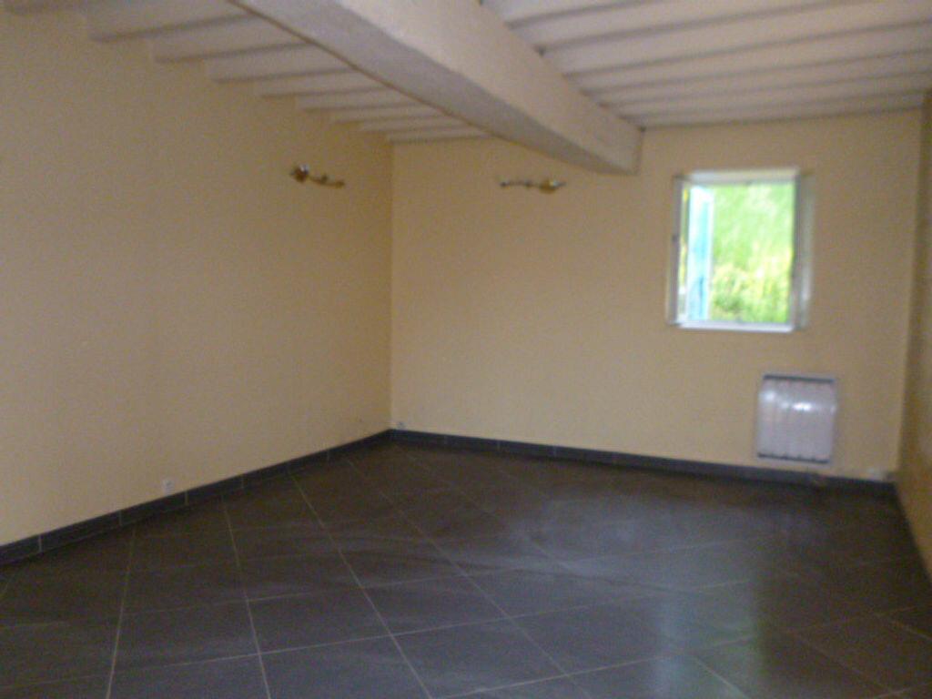 Achat Maison 4 pièces à Clacy-et-Thierret - vignette-3