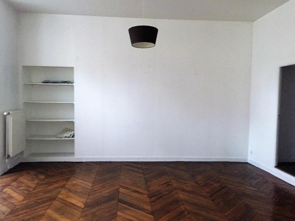 Achat Appartement 3 pièces à Laon - vignette-4