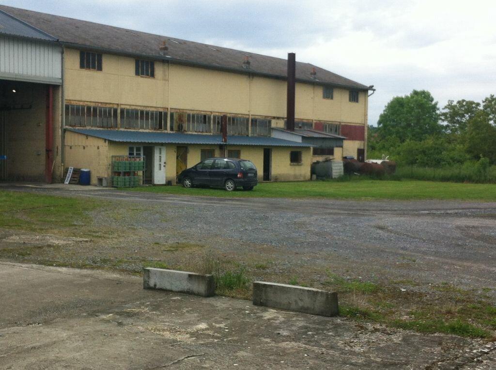 Location Local commercial  à Saint-Erme-Outre-et-Ramecourt - vignette-1