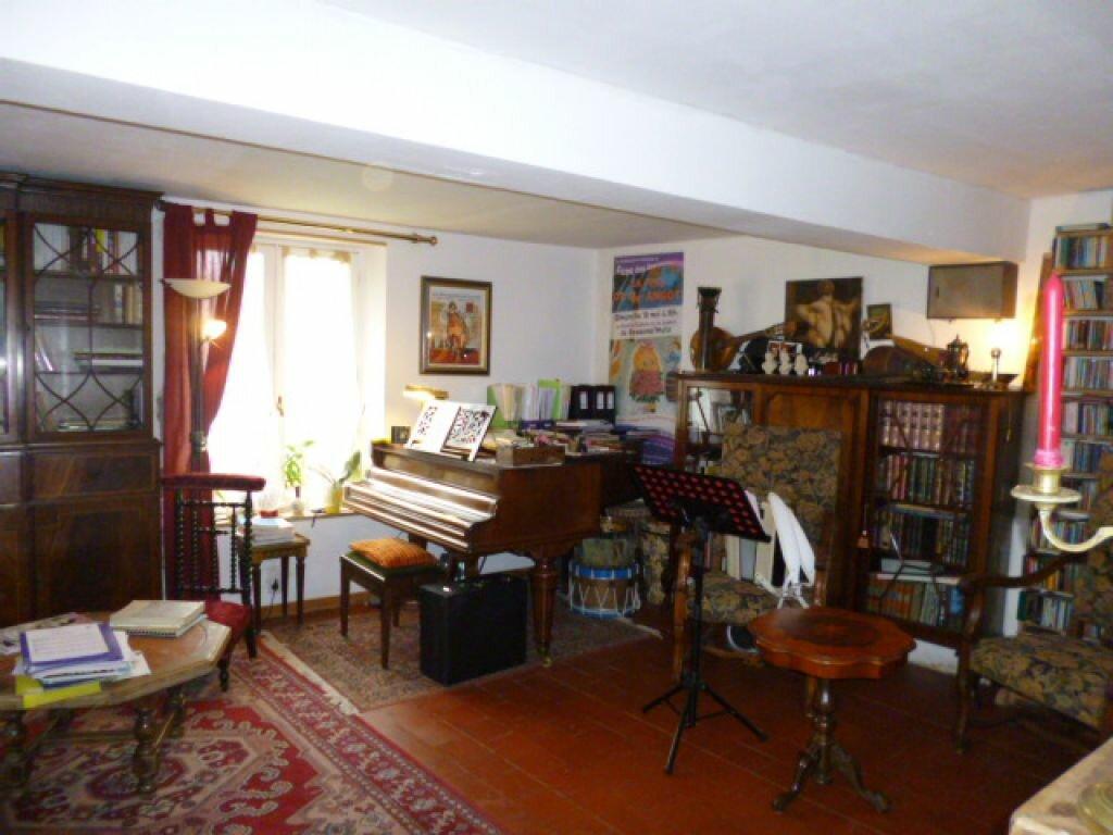 Achat Maison 7 pièces à Montigny-sur-Crécy - vignette-4