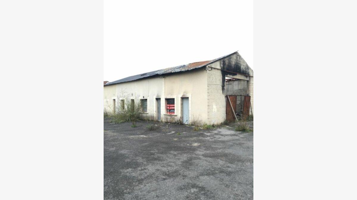 Achat Immeuble  à Brancourt-en-Laonnois - vignette-1