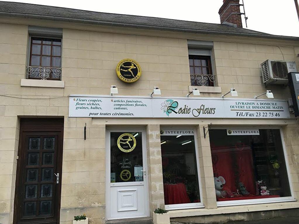 Achat Immeuble  à Saint-Erme-Outre-et-Ramecourt - vignette-2