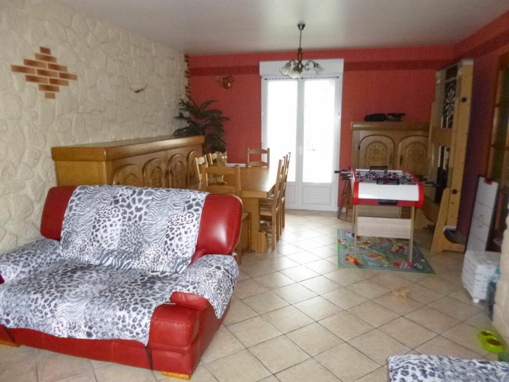 Achat Maison 5 pièces à Bucy-lès-Pierrepont - vignette-3