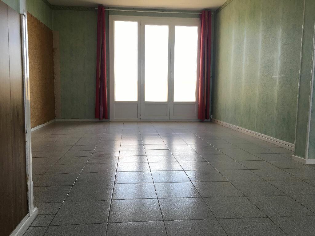 Achat Appartement 5 pièces à Laon - vignette-3