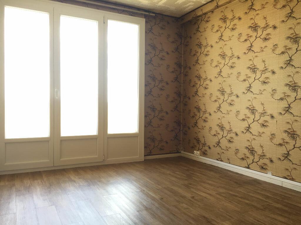 Achat Appartement 5 pièces à Laon - vignette-5