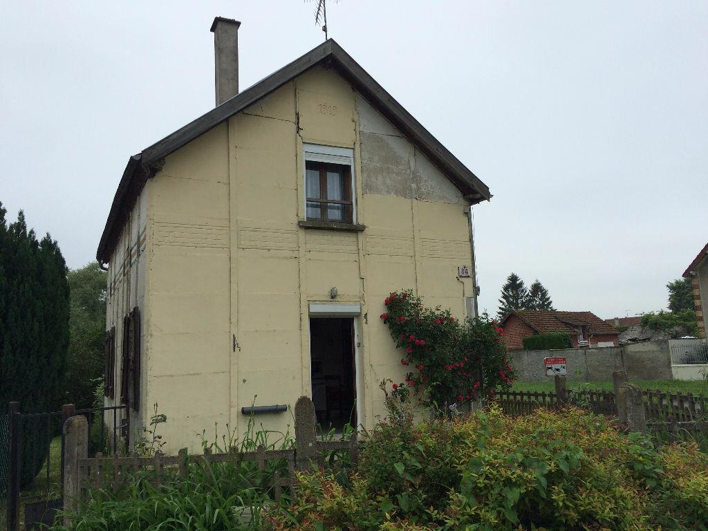 Achat Maison 3 pièces à Coucy-le-Château-Auffrique - vignette-1