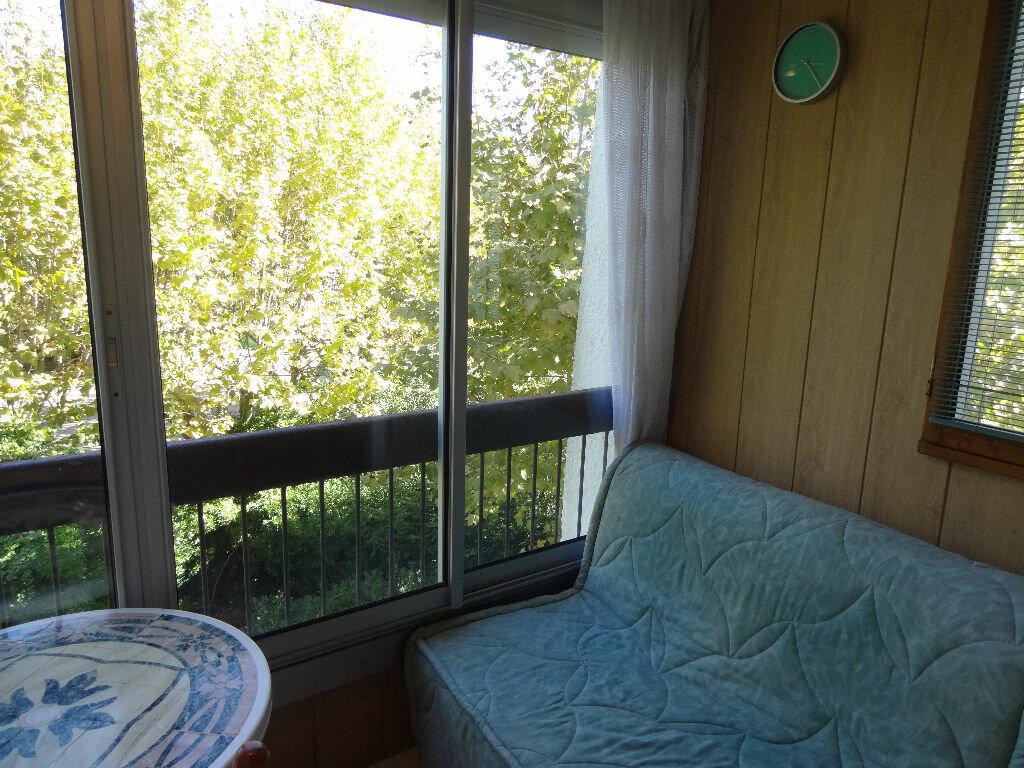 Location Appartement 1 pièce à La Grande-Motte - vignette-1