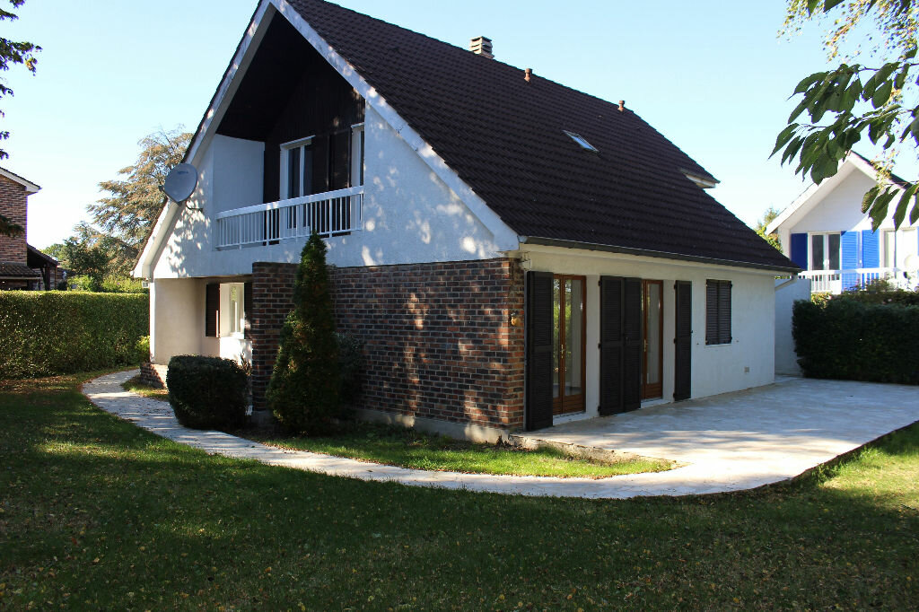 Location Maison 6 pièces à Guermantes - vignette-1