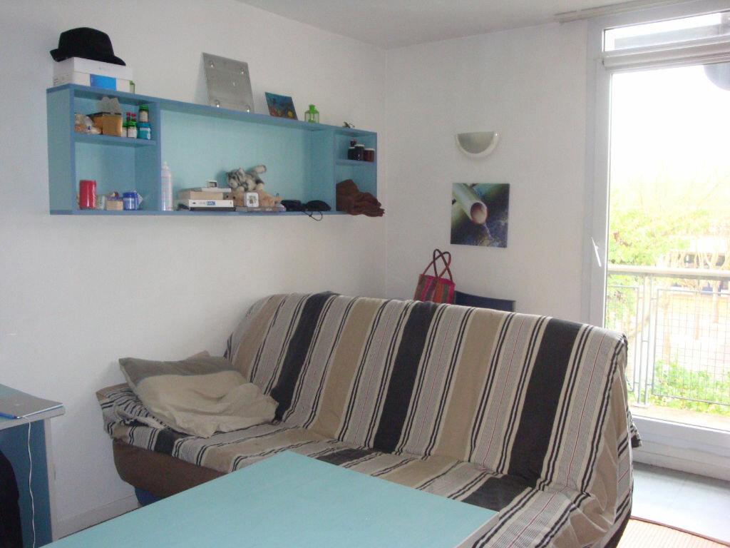 Achat Appartement 1 pièce à Bussy-Saint-Georges - vignette-1