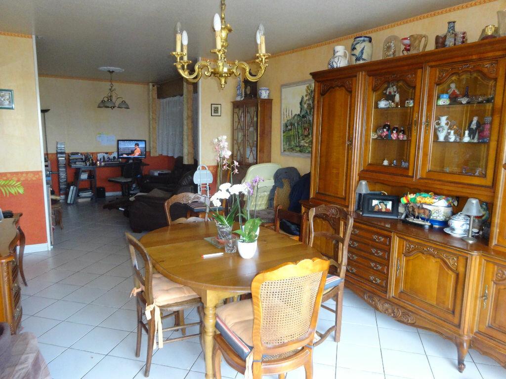 Achat Appartement 4 pièces à Pontoise - vignette-2