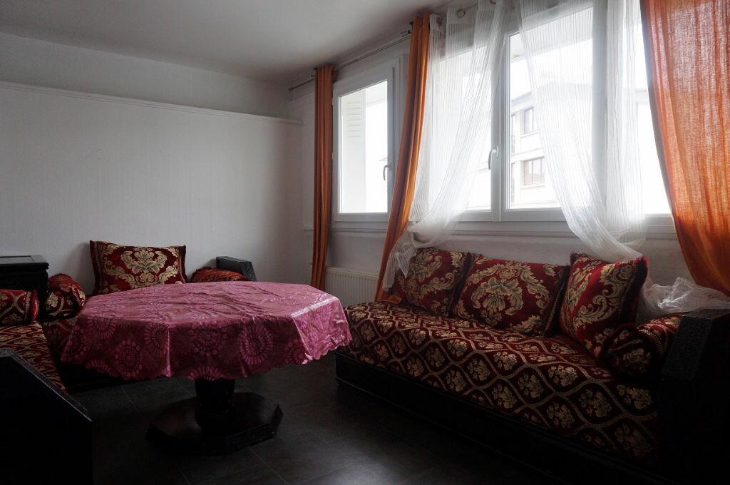 Achat Appartement 3 pièces à Pontoise - vignette-2