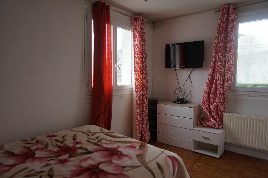 Achat Appartement 3 pièces à Pontoise - vignette-3
