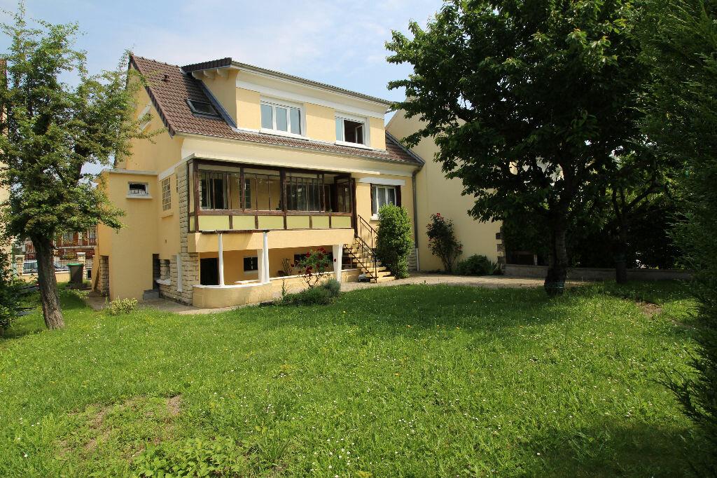 Achat Maison 6 pièces à Brétigny-sur-Orge - vignette-1