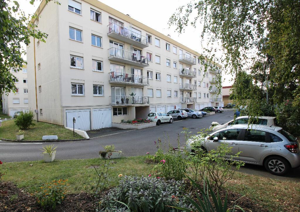 Achat Appartement 4 pièces à Brétigny-sur-Orge - vignette-1