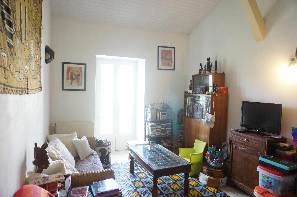 Achat Appartement 4 pièces à Ustaritz - vignette-1