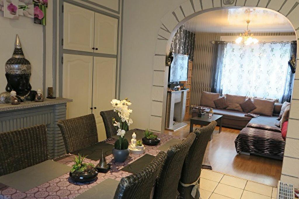 Achat Maison 6 pièces à Armentières - vignette-2