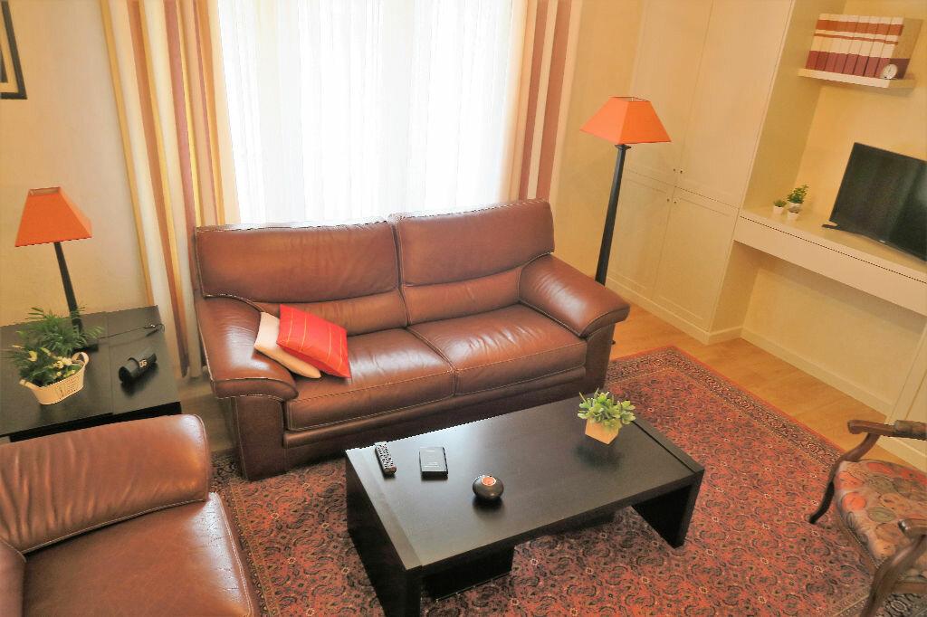 Achat Appartement 3 pièces à Armentières - vignette-3