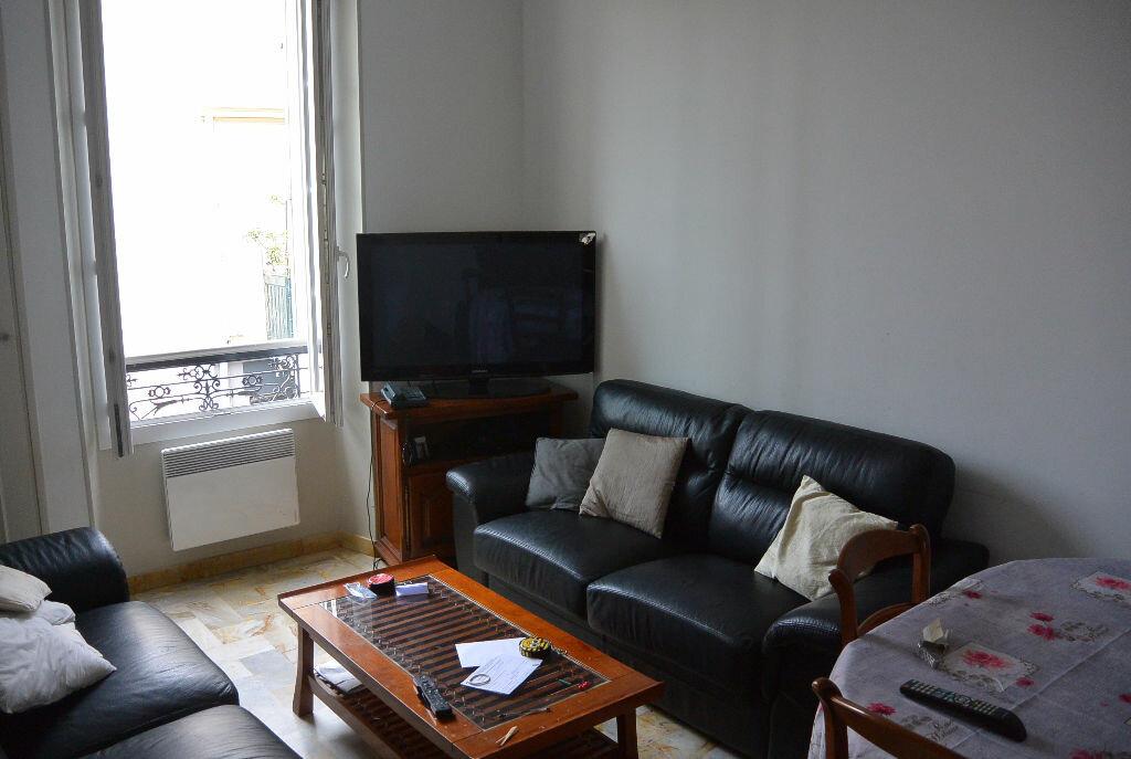 Location Appartement 4 pièces à Cannes - vignette-2