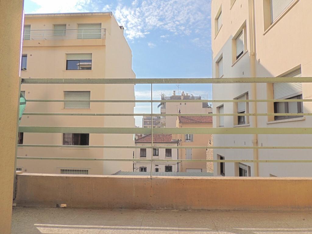 Achat Appartement 1 pièce à Cannes - vignette-1