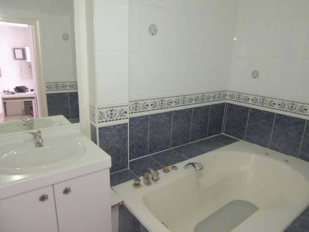 Location Appartement 3 pièces à Le Cannet - vignette-7