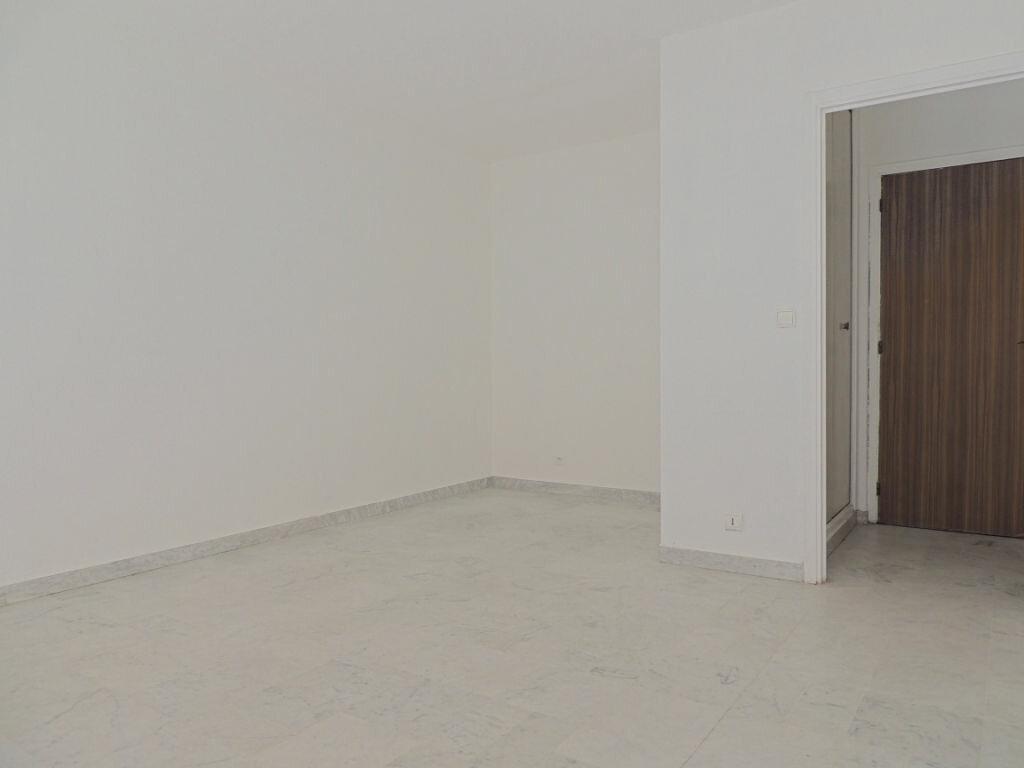 Achat Appartement 1 pièce à Le Cannet - vignette-2