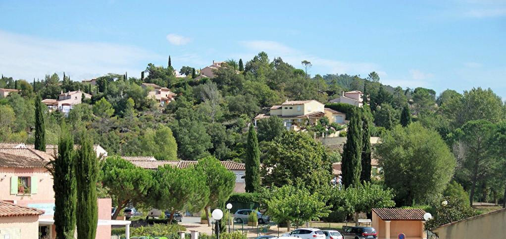 Location Maison 3 pièces à Montauroux - vignette-1