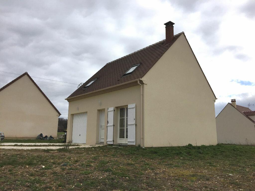 Achat Maison 4 pièces à Ferrières-en-Gâtinais - vignette-1