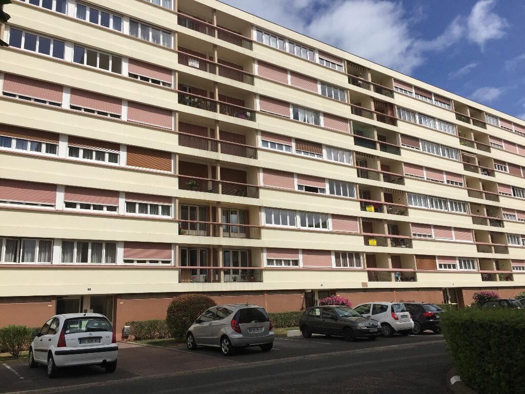 Achat Appartement 3 pièces à Montargis - vignette-1