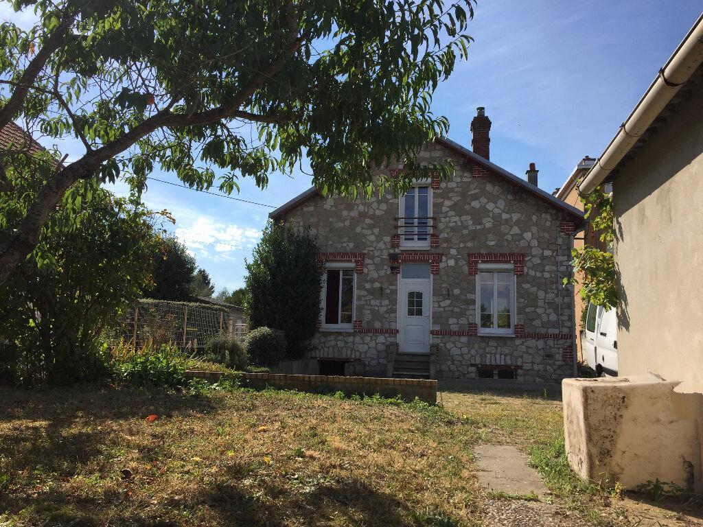 Achat Maison 4 pièces à Montargis - vignette-9