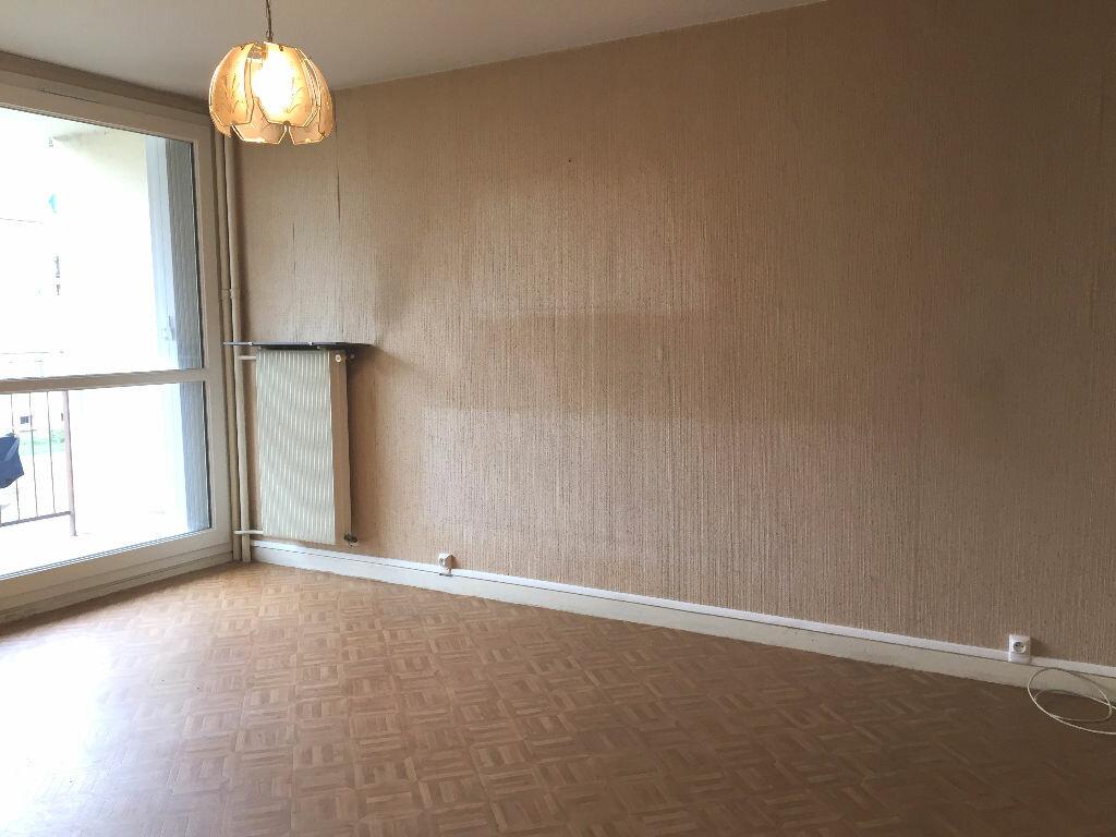 Achat Appartement 3 pièces à Montargis - vignette-2