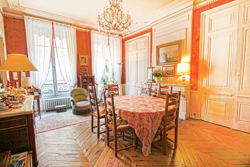 Achat Appartement 7 pièces à Lyon 2 - vignette-1
