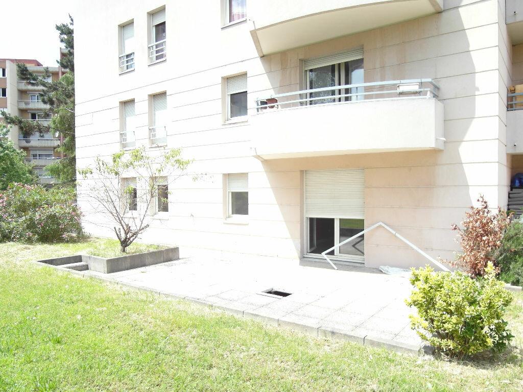 Achat Appartement 3 pièces à Lyon 8 - vignette-4