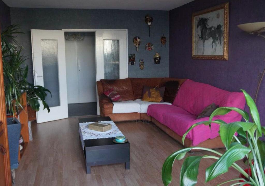 Achat Appartement 5 pièces à Lyon 7 - vignette-1