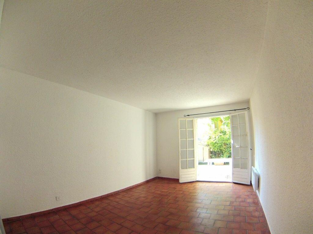 Location Appartement 1 pièce à Aix-en-Provence - vignette-1
