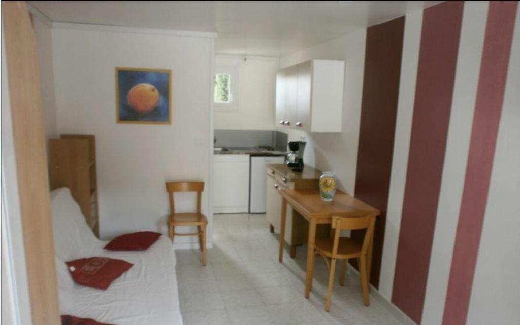 Location Appartement 1 pièce à Velaux - vignette-1