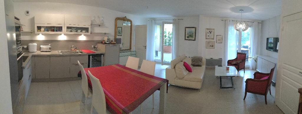 Achat Appartement 3 pièces à Aix-en-Provence - vignette-1
