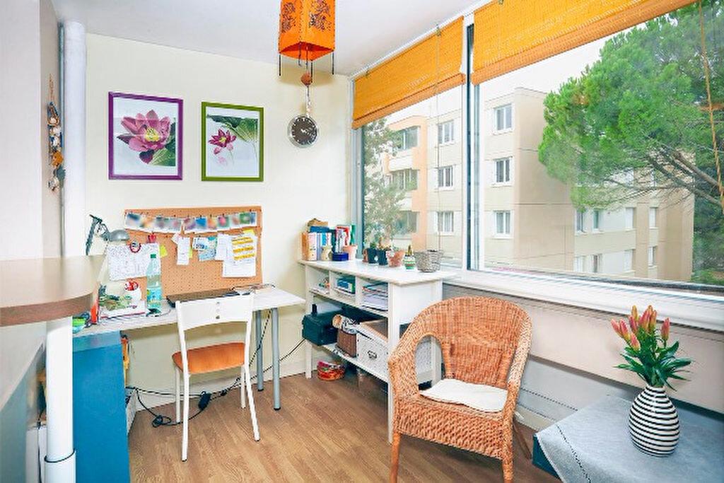 Achat Appartement 3 pièces à Aix-en-Provence - vignette-6