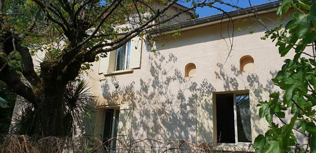 Achat Maison 6 pièces à Saint-Denis-de-Pile - vignette-2
