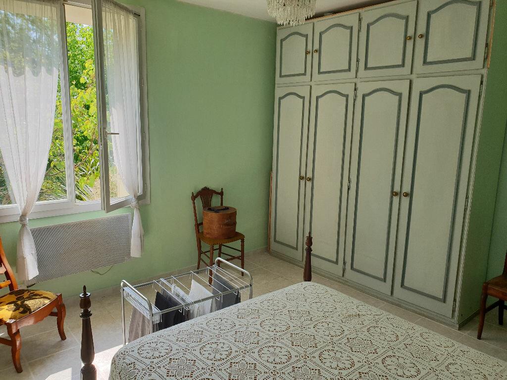 Achat Maison 6 pièces à Saint-Denis-de-Pile - vignette-4