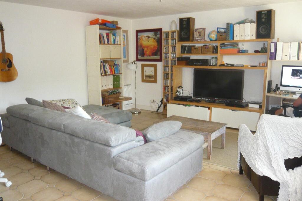 Achat Maison 5 pièces à Saint-Martin-du-Bois - vignette-4