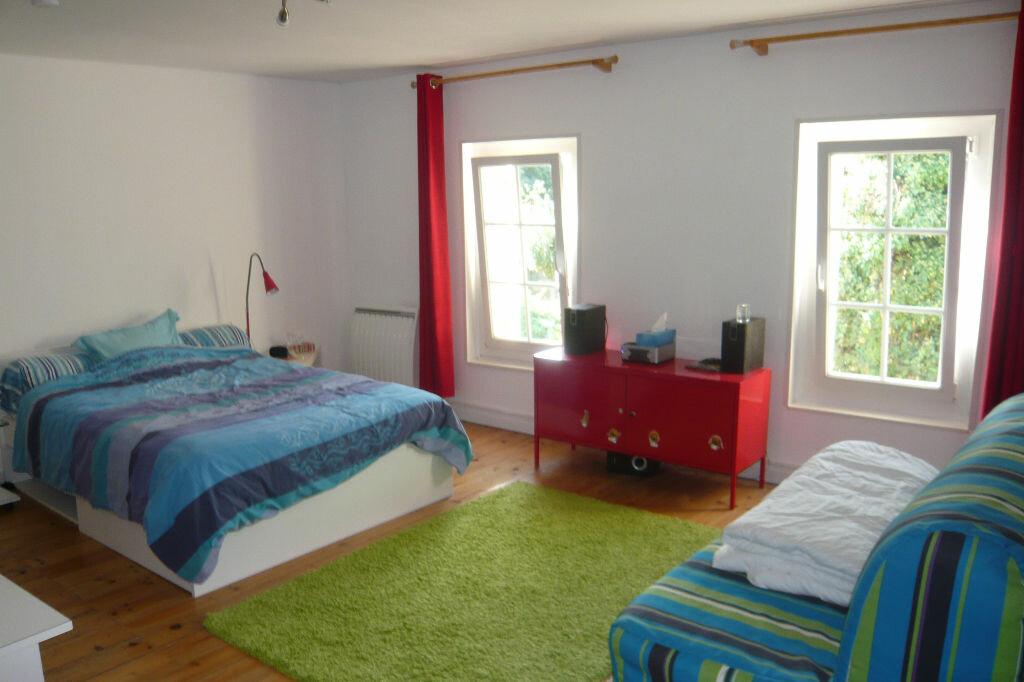 Achat Maison 5 pièces à Saint-Martin-du-Bois - vignette-5