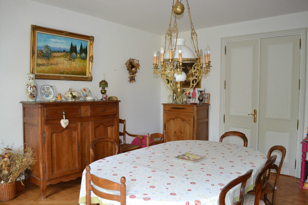 Achat Maison 6 pièces à Saint-Émilion - vignette-2