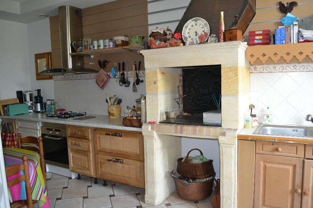 Achat Maison 6 pièces à Saint-Émilion - vignette-3
