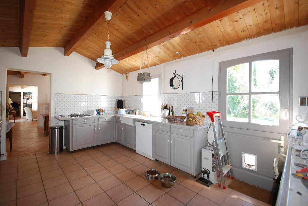 Achat Maison 6 pièces à Sainte-Marie-de-Ré - vignette-4