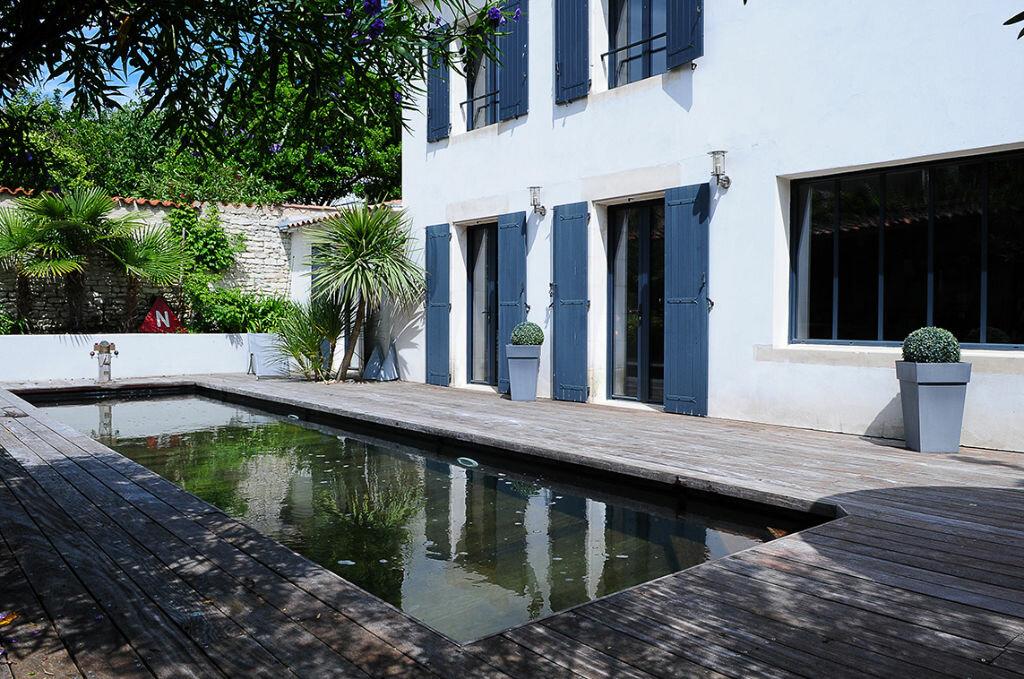 Achat Maison 8 pièces à Saint-Martin-de-Ré - vignette-1