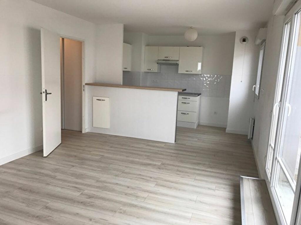Achat Appartement 3 pièces à Plaisance-du-Touch - vignette-1