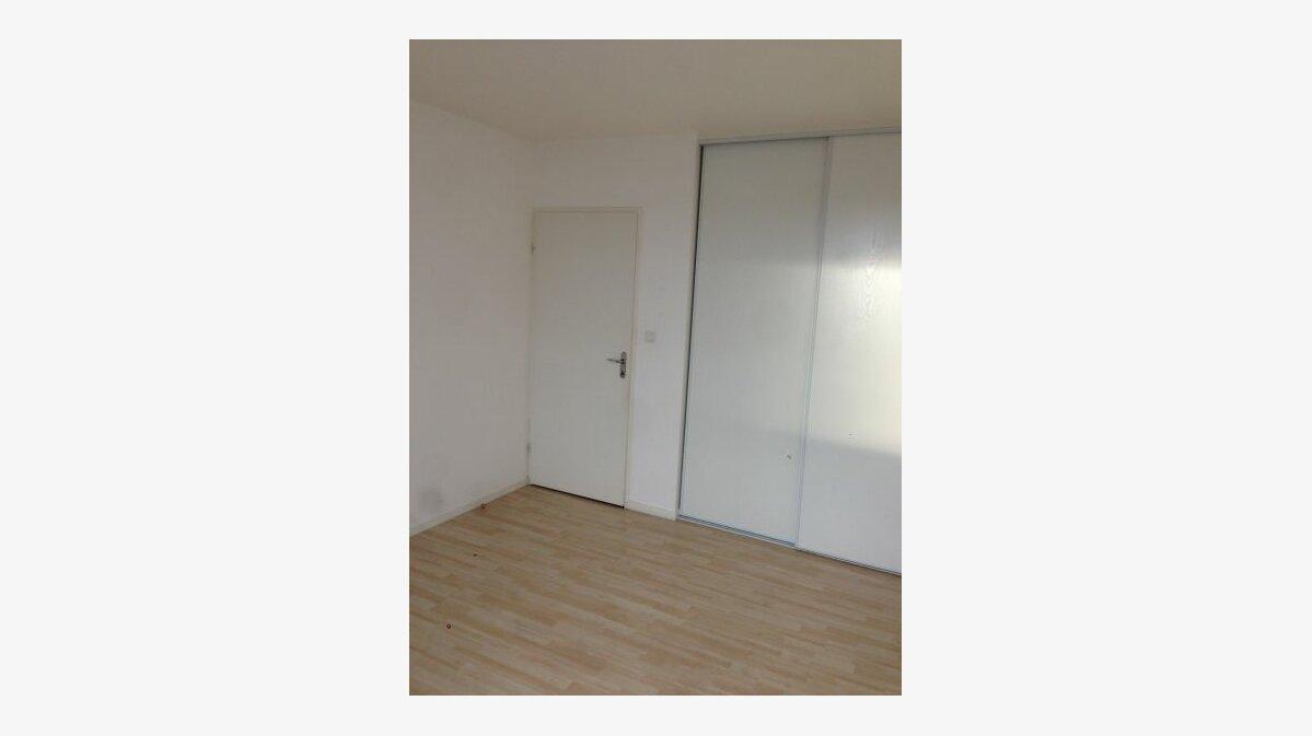 Location Appartement 2 pièces à Béthune - vignette-2