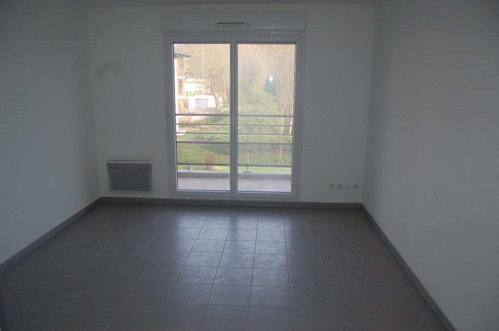 Location Appartement 2 pièces à Sains-en-Gohelle - vignette-2