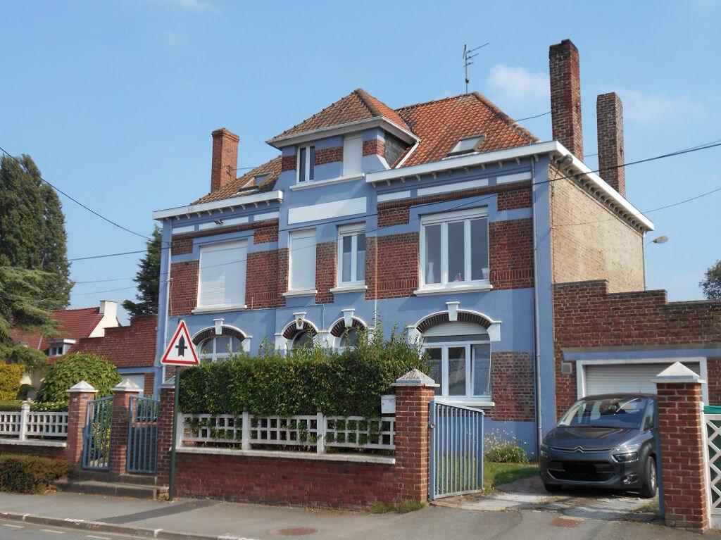 Location Maison 7 pièces à Cuinchy - vignette-1